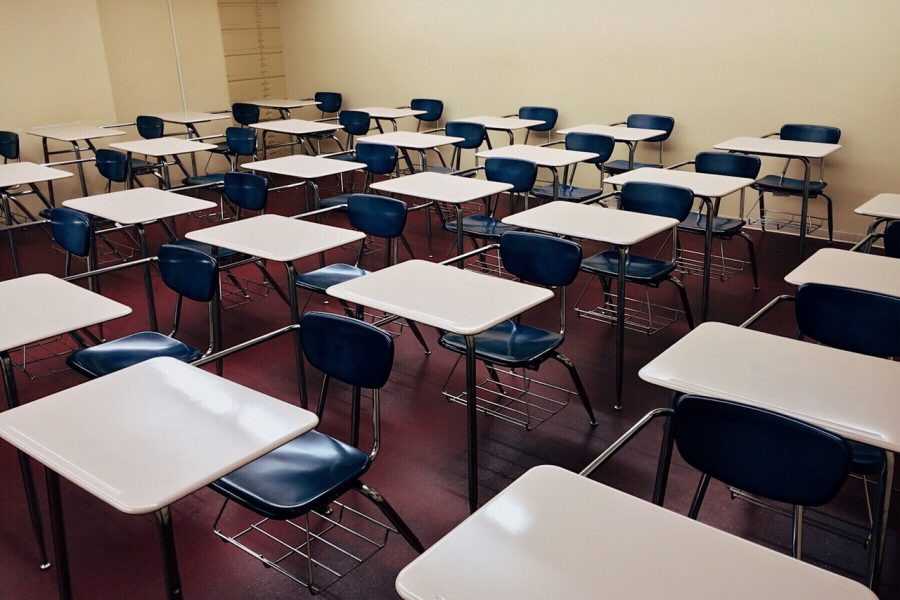 Classrooms+are+emptier+these+days+because+so+many+seniors+are+absent.
