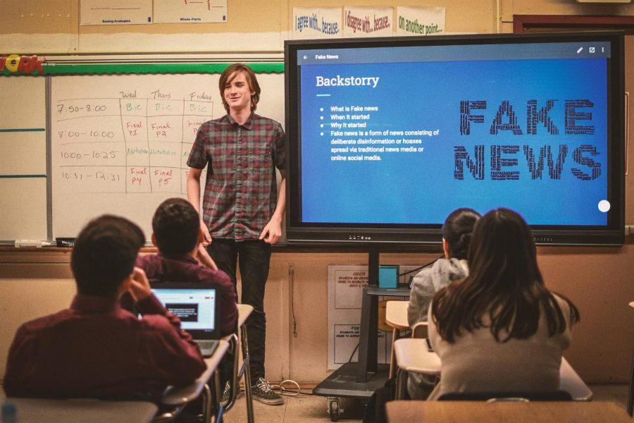 Presentation on fake news