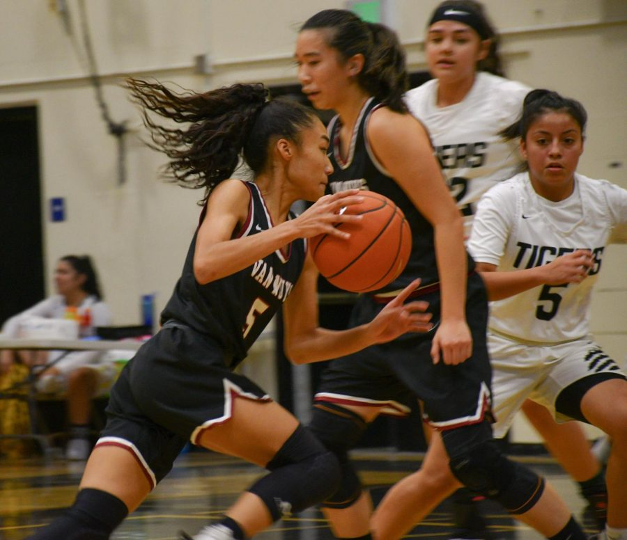 Kali Coleman (5) quickly attacking attacking the defense.
