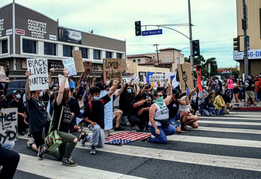 Protesters block Van Nuys Blvd. to show support for Black Lives Matter on June 1,2020. While the demonstration began peacefully, a group of protesters began smashing windows of businesses along Van Nuys Blvd. around 4:35pm.